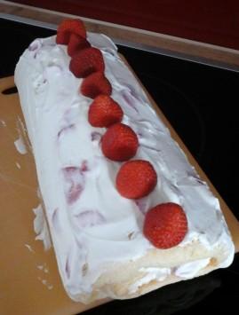 Erdbeerroulade (2)